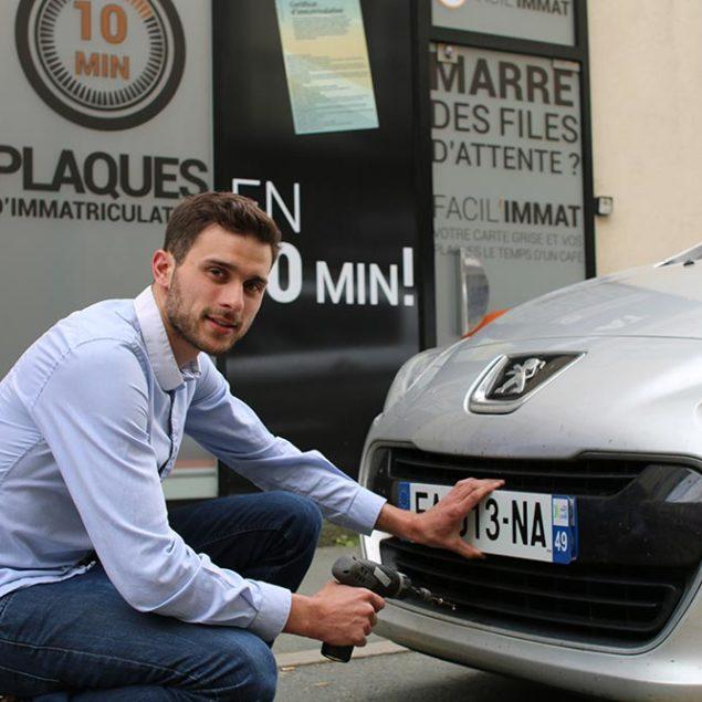 FACIL'IMMAT pose vos plaques d'immatriculation gratuitement à Angers
